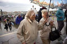 venice Street Photography, Venice, Raincoat, Fashion, Rain Jacket, Moda, Fashion Styles, Venice Italy