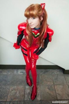 Anime: Evangelion Neon Genesis. Character: Asuka Langley Soryu. Version: EVA Plugsuit. Cosplayer: Amelia Sol 'aka' LuIubird. Event: Otakon 2009. Photo: Anna Fisher.