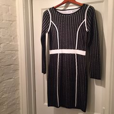 CALVIN KLEIN SWEATER DRESS - BRAND NEW BRAND NEW - NEVER WORN -ONLY TRIED ON - SIZE S - BLACK & IVORY SWEATER DRESS - 100% ACRYLIC - GREAT FOR WINTER & TRANSITION MONTHS Calvin Klein Dresses Long Sleeve
