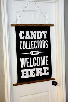 Candy Collectors Halloween Print - free printable So Fun for your front door on Halloween night!!