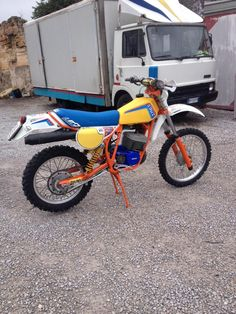Fodera sella Puch 250 F3 1980 con stampe Palermo, Motorcycle, Vehicles, Motorbikes, Rolling Stock, Motorcycles, Vehicle, Engine, Choppers
