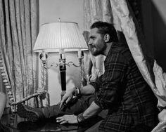 Tom Hardy - New York Magazine | Taboo Press Interview/Shoot    Tom by Ryan Pfluger for New York Magazine (Jan 2017 Edition).