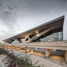 Centro nacional de Convenciones Qatar (Doha, Qatar) de Arata Isozaki