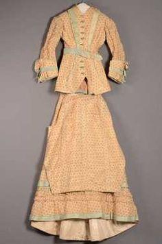 Tweedelige japon bestaande uit lijfje en rok (1880 - 1885) Wol; zijde.  Inventarisnummer 8944/001-002