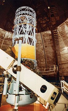 100 inch Hooker telescope at the Mt Wilson Observatory, used by Hubble to determine the universe is expanding.