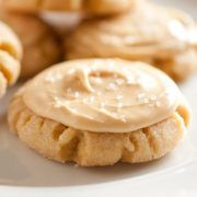 A soft, deliciously spiced cookie that tastes just like a caramel apple? Yes please! If you like caramel apples then you will love these cookies! They are