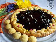 Gotowanie jest łatwe: Mazurek z suszonymi wiśniami w polewie czekoladowe...