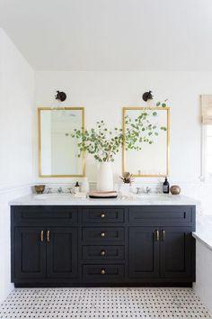 navy and white bathroom // gold hardware // checkered tile floor // gold mirrors // fresh greenery // navy blue vanity Bathroom Vanity Designs, Bathroom Colors, Bathroom Interior Design, Modern Bathroom, Bathroom Ideas, White Bathrooms, Bathroom Layout, Bathroom Black, Bathroom Mirrors