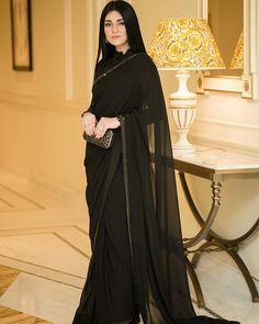 Pakistani Fancy Dresses, Pakistani Bridal Wear, Pakistani Outfits, Beautiful Dress Designs, Stylish Dress Designs, Stylish Dresses, Sara Khan Pakistani, Pakistani Actress, Actress Wedding