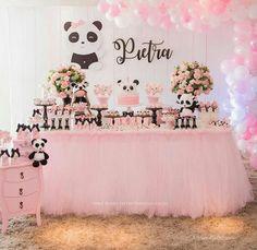 Fiesta Panda Panda Themed Party, Panda Birthday Party, Panda Party, Girl Birthday, Birthday Parties, Themed Parties, Girl Baby Shower Decorations, Birthday Party Decorations, Baby Shower Themes