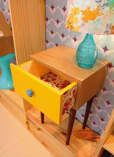 Hoje inicio uma série de postagens com vídeos demonstrando em passo a passo como realizar projetos de pequenos móveis para o seu lar, e para começar, farei esse aqui da foto abaixo: Mas antes de partirmos...