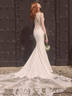At what point does a modern crepe wedding gown cross over from simple and chic to sexy and romantic? We're open to all theories. Plain Wedding Dress, Crepe Wedding Dress, Wedding Dresses Uk, Maggie Sottero Wedding Dresses, Wedding Dress Boutiques, Designer Wedding Gowns, Bridesmaid Dresses, Gowns Of Elegance, Mermaid Wedding