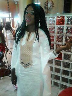 Malian Fashion bazin #Malifashion #bazin #malianwomenarebeautiful… African Print Clothing, African Shirts, African Print Fashion, Tribal Fashion, African Wear, African Fashion Dresses, African Women, African Dress, Modem