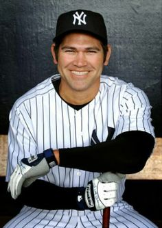 Johnny Damon, a two-time all-star major league baseball player, has won two World Series championships with the Boston Red Sox and the New York Yankees. Damon is well versed in talking to reporters an Yankees News, New York Yankees Baseball, Yankees Fan, Major League Baseball Teams, Baseball Players, Mlb Teams, Equipo Milwaukee Brewers, Damn Yankees, Derek Jeter
