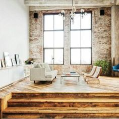 Tour the Lofts of Chicago's West Loop Neighborhood   design district