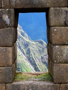 Macchu Picchu - Peru Built without mortar! Oh The Places You'll Go, Places To Travel, Places To Visit, Travel Destinations, Macchu Picchu Peru, Travel Around The World, Around The Worlds, Hiking Tours, Peru Travel