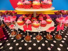 Treats at a Minnie Mouse Party #minniemouse #partytreats