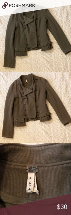 Free People✨make an offer Olive Green Military Jacket. Super comfortable and will keep you warm since it has a thicker material.   Although it's a size 8, anyone who typically wears a  Medium can wear this without looking oversized. I'm a small/medium and it worked great for me.   In box and ready to ship! :) Free People Jackets & Coats