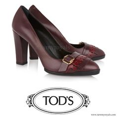 Tod's Fringed Leather Pumps