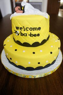 bumble bee cakes on pinterest bumble bee cake bee cakes and bumble
