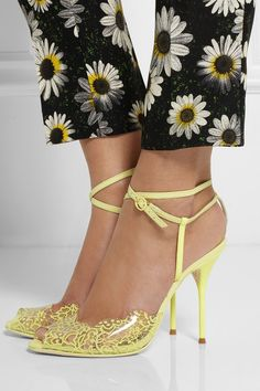 Sophia Webster - Kiki lace-print PVC and leather sandals Pretty Shoes, Beautiful Shoes, Look Fashion, Fashion Shoes, Sophia Webster Shoes, Mode Shoes, Dream Shoes, Leather Sandals, Me Too Shoes