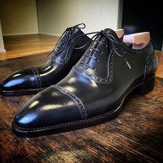 Riccardo Freccia Bestetti(@bestettishoes):「 Maverik Novecento Line. www.frecciabestetti.com #bestettishoes #shoesporn #saphir #shoegazing… 」