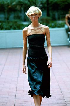 Daryl K | Spring 2000 Ready-to-Wear | 22 Black strapless midi dress