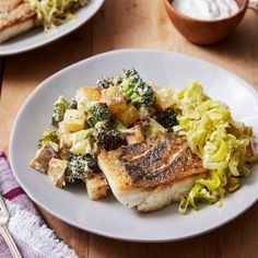 Recipe: Crispy Barramundi with Melted Leek & Roasted Vegetables - Blue Apron Fish Recipes, Seafood Recipes, Healthy Recipes, Diabetic Recipes, Recipies, Roasted Potatoes, Roasted Vegetables, Veggies, Traditional Australian Food