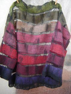 Lucia Maria Higuchi - One Nuno Felting, Textiles, Felting Tutorials, Felt Patterns, Felt Fabric, Felt Art, Pulls, Refashion, Wearable Art