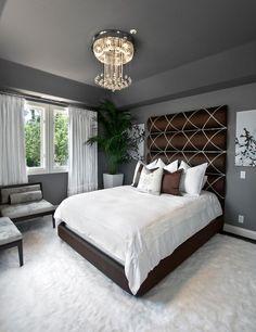 Szürke hálószoba, fehér szőnyeggel