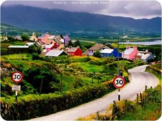 Ireland - Travel Guide and Travel Info ~ Tourist Destinations. Just so we're clear: this is the type of weather I expect in Ireland the entire time I'm there. Pack accordingly. Oh The Places You'll Go, Places To Travel, Places To Visit, Voyager C'est Vivre, County Cork Ireland, Dublin Ireland, Limerick Ireland, Ireland Travel Guide, Ireland Landscape