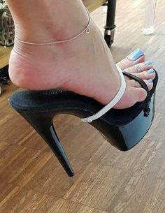sexy scarpe pornoprostitute che danno pompini