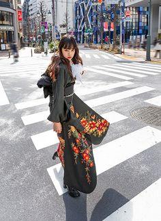 Chic Outfits, Fashion Outfits, Womens Fashion, Fashion Project, Japanese Outfits, Yukata, Japanese Kimono, Japan Fashion, Kimono Fashion