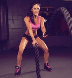 Fitness training while traveling with Anette De La Rosa Fitness Tips, Fitness Models, Traveling Teacher, Body Weight Training, Travel Workout, Confident Woman, Cover Model, Muscle Mass, Stay Fit
