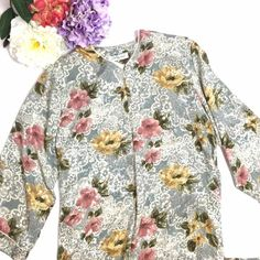 NWT CARLTON HALL FLORAL ROBE SIZE LARGE #carltonhall #robe #floral #fashion #poshmark