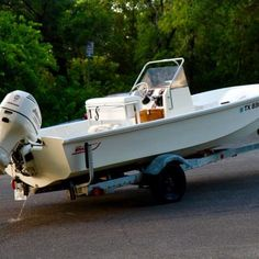 Photo of Boston Whaler Pre Montauk Used Boat For Sale, Boats For Sale, Carver Boats, Electrical Fuse, Bow Light, Boston Whaler, Grand Island, Chris Craft, Used Boats