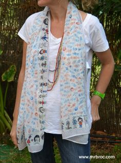 Broc Foulares diseñados con dibujos de sus alumnos. El regalo mas emotivo para la seño. www.mrbroc.com