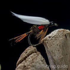 Guide/'s Choice Black Beauty Epoxy Copper Rib-Fly Fishing Flies-Trout Flies-Wet