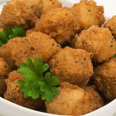This popcorn chicken recipe is a baked version. These would be great when you are entertaining or if you have lots of kids to feed. You may need to make more than one batch as they will 'pop' right out of the bowl into eager waiting mouths.