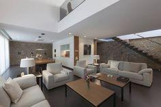 Wir zeigen euch, wie ihr euer Zuhause modern und styish, aber auch zeitlos und nachhaltig gestalten und einrichten könnt.
