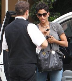 Halle Berry spotted out in Beverly Hills again with her Morrison tote…she knows how to rock that bag!