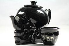 LIMITED EDITION SKULL TEA-SET - WITCHING HOUR // Ceramic // by  www.diriedirieme.com © Lisa Dirie 2013