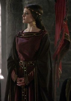 Camelot - Morgan Character Costumes, Movie Costumes, Eva Green Camelot, Flowing Dresses, Medieval Fashion, Fashion Tv, Winter Colors, Costume Design, Fashion Dresses