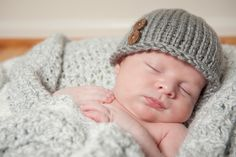 Newborn photo session with woven hat. Newborn Photography Poses, Newborn Photos, Pregnancy Photos, Shenandoah Valley, Maternity Portraits, Northern Virginia, Dc Weddings, Photo Sessions, Portrait Photographers