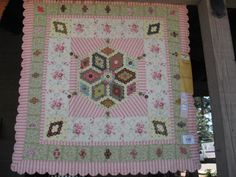 Brigitte Giblin's 'Baby Hexagon Quilt' at the 2011 Sisters Outdoor Quilt Show.