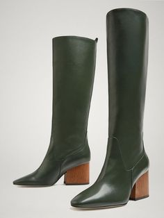 Women´s New In at Massimo Dutti online. Enter now and view our Spring Summer 2019 New In collection. Green Leather, Leather Boots, Heeled Boots, Ankle Boots, Green Boots, Color Negra, Fashion Stylist, Riding Boots, Trends 2018