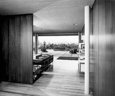 MID MOD & MORE: NICOS VALSAMAKIS   ARCHITECT