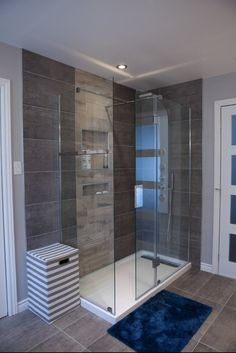 A guide to the types of showers that you can consider when remodeling your bathroom. There is plenty of variety and options for any bathroom. Basement Remodel Diy, Basement Remodeling, Bathroom Renos, Master Bathroom, Bathroom Showers, Bathroom Ideas, Creative Home, New Homes, Bathtub