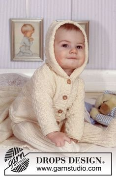 BabyDROPS 11-9 - Hooded jacket and trousers in Rib in Safran. Blanket in Karisma Superwash - Free pattern by DROPS Design