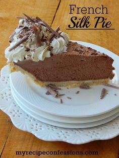 I have tried many French silk pie recipes, and this one is the easiest and the tastiest! I love the fluffy, rich chocolate mousse with the homemade whipped cream. This is one of the best desserts you will ever make! There is never any leftovers and I Chocolate Silk Pie, Chocolate Mousse Pie, Chocolate Pie Recipes, Homemade Chocolate, Chocolate Desserts, Chocolate Pudding, German Chocolate, Mousse Cake, Dessert Party
